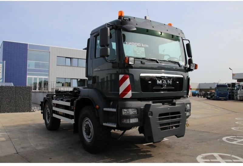 MAN TGM 18.340 4x4 - 12.770 KM! + Container hook lift
