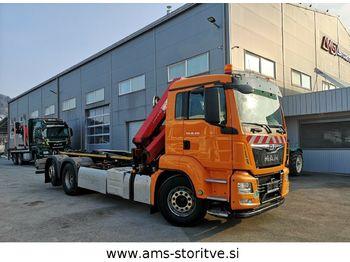 Hook lift truck MAN TGS 26.400 6X2/4 BL Abrollkipper mit Kran