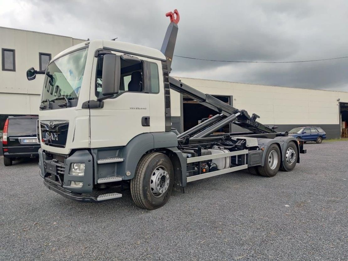 hook lift truck MAN TGS 26.440 Container Euro6