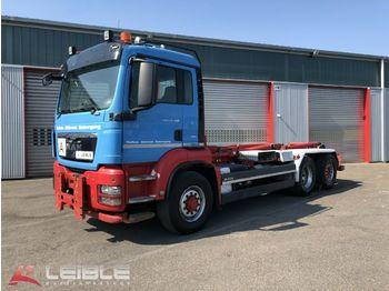 Hook lift truck MAN TGS 26.480 6x4H-2* Abroller*4x4*Motorschaden*