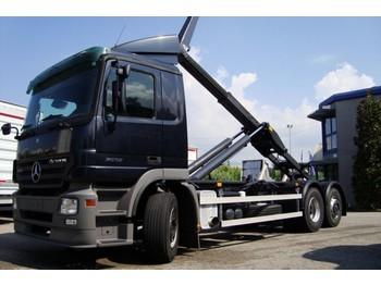 Hook lift truck  MERCEDES BENZ 25.32 Actros (Hook)