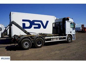 Hook lift truck MERCEDES-BENZ 930.20 Hook Truck