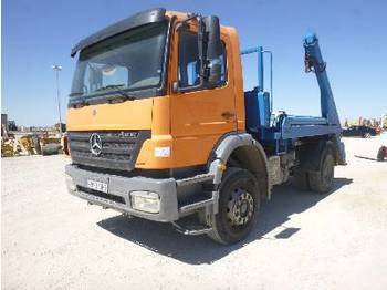 MERCEDES-BENZ ATEGO 1828K 4x2 - hook lift truck