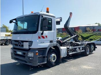 Hook lift truck Mercedes Actros 2536