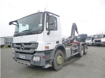 Hook lift truck Mercedes Actros 2641