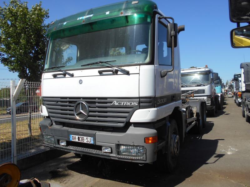 hook lift truck Mercedes Actros 3331