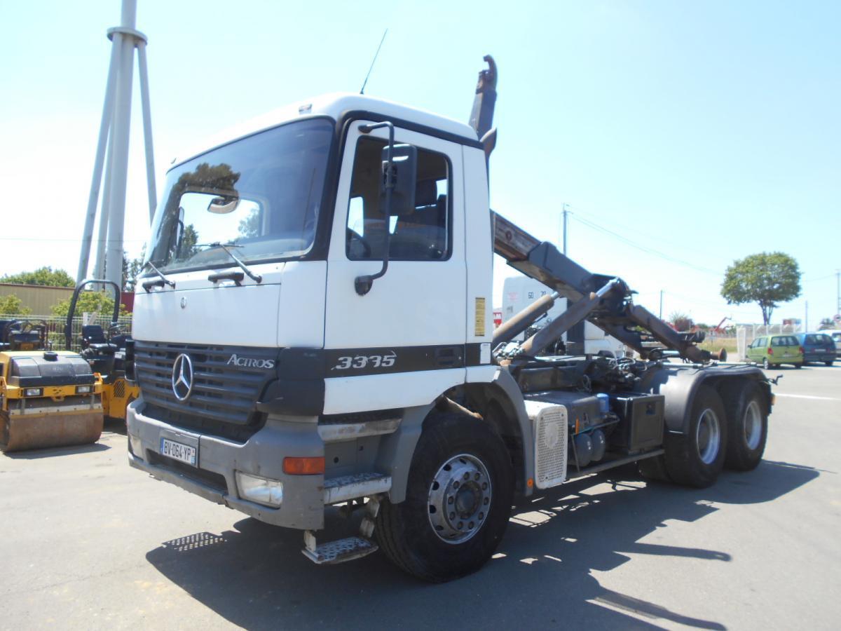hook lift truck Mercedes Actros 3335