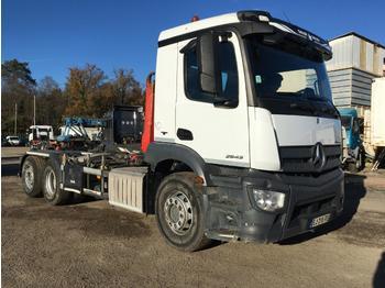 Hook lift truck Mercedes Antos 2543