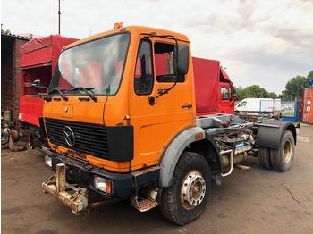 Hook lift truck Mercedes Benz 1217 4x4