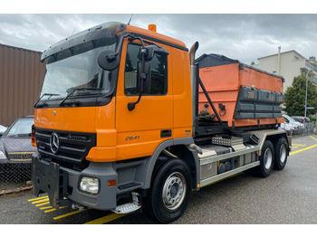 Hook lift truck Mercedes-Benz 2641