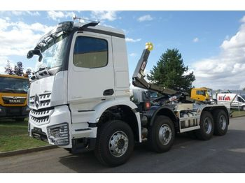 Hook lift truck Mercedes-Benz 4142 8X4 Hyva Lift Typ: Titan