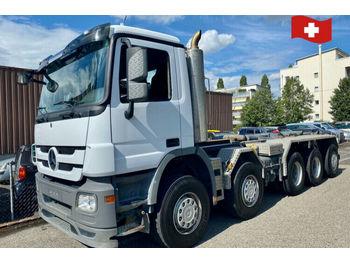 Hook lift truck Mercedes-Benz 4448.    10x4