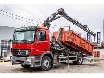 Hook lift truck Mercedes-Benz ACTROS 1832 - HMF 1150