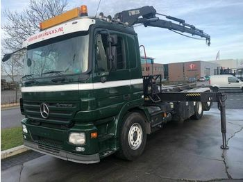Hook lift truck Mercedes-Benz ACTROS 2544L 6X2 + HIAB 220-4