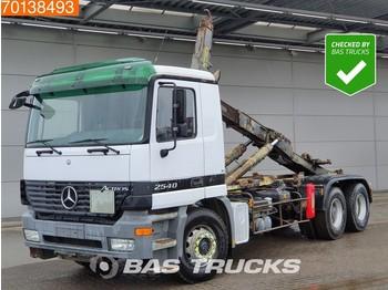 Hook lift truck Mercedes-Benz Actros 2540 6X2 L 3-Pedals Big-Axle Steelsuspension Euro 2
