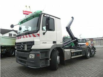 Hook lift truck Mercedes-Benz Actros 2541 L6x2 Abrollkipper Lenk+Lift nur 358T
