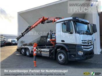 Hook lift truck Mercedes-Benz Arocs 2546L 6x2/Meiller RS21.65+Atlas Kran 165.2