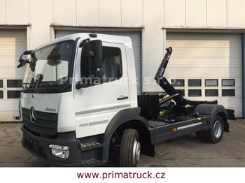 Hook lift truck Mercedes-Benz Atego 1221 K