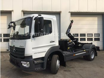 Mercedes-Benz Atego 1221 K  - hook lift truck