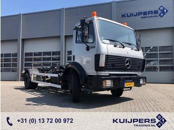 Hook lift truck Mercedes-Benz SK 1417 / 134 dkm / Manual / Steel Suspention / Hook System