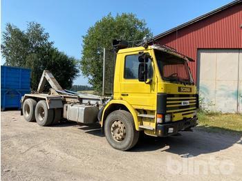Hook lift truck  Scania P112 6x242