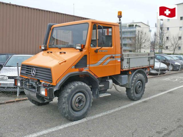Unimog U 90 4x4 Hook Lift Truck From Switzerland For Sale At Truck1