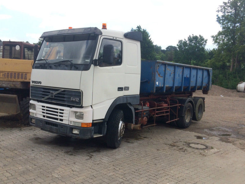 hook lift truck Volvo FH12-380 6x2