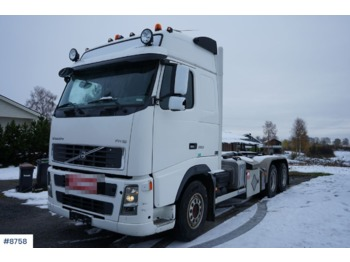 Volvo FH16 - hook lift truck