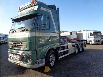 Volvo FH16 540 + Euro 5 + 8X4 + 30 ton hook + 2 in stock! - hook lift truck