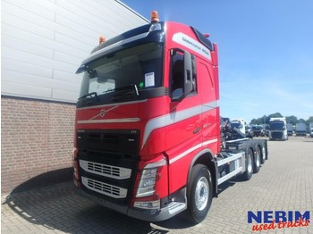 Volvo FH460 Euro 6 8x4 Triple Hooklift 26T - hook lift truck