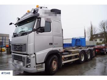 Hook lift truck Volvo FH750