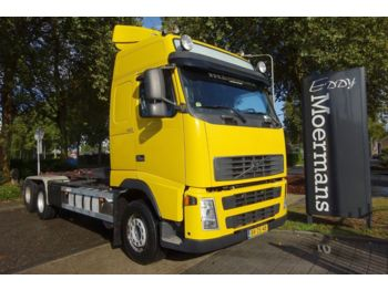 Hook lift truck Volvo FH 400 Globetrotter 6x2