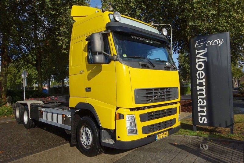 hook lift truck Volvo FH 400 Globetrotter 6x2