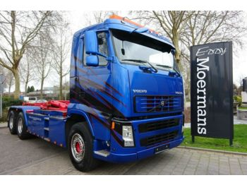 Volvo FH 440 6x4  - hook lift truck