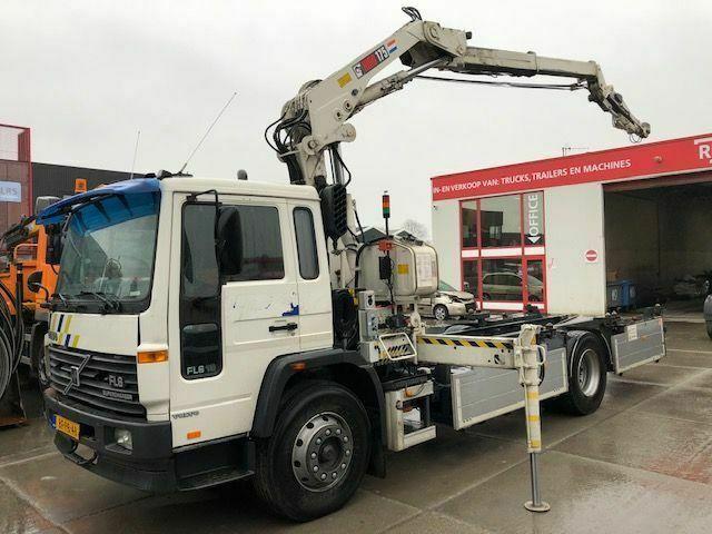 hook lift truck Volvo FL618 HIAB 175 ONLY 109130 KM
