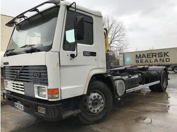 Hook lift truck Volvo FL7-260 INTERCOOLER