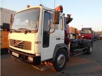 Hook lift truck Volvo FL 180