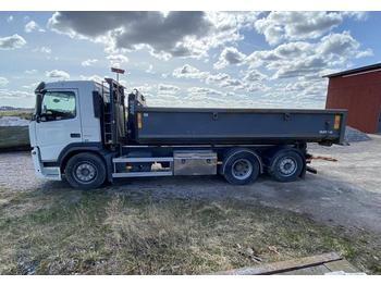 Hook lift truck Volvo FM330