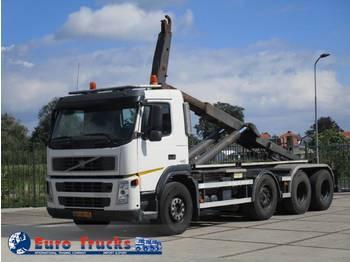 Hook lift truck Volvo FM 440 8X4