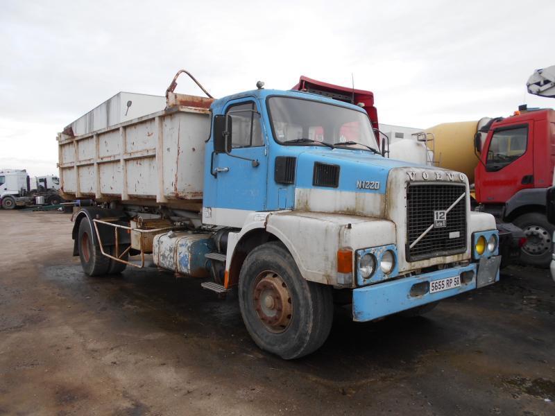hook lift truck Volvo N12 20