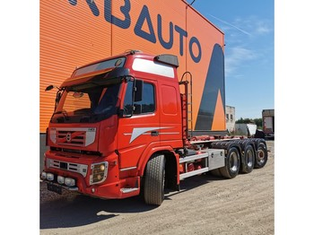 Hook lift truck Volvo Trucks FMX 460 8x4