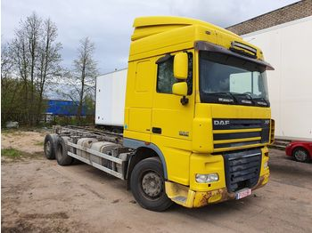 DAF XF 105.460 - isothermal truck