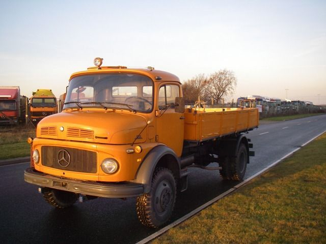 Mercedes benz la 911 b 4x4 ex army truck from denmark for for Mercedes benz truck 4x4