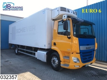 Refrigerator truck DAF 85 cf 370 EURO 6, Thermoking, Airco: picture 1