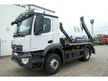 Mercedes-Benz 1840/4x2 AROCS -3.600 Radstand  - skip loader truck