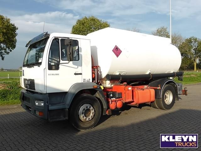 man 15000 ltr tank truck from netherlands for sale at truck1 id 1479386. Black Bedroom Furniture Sets. Home Design Ideas