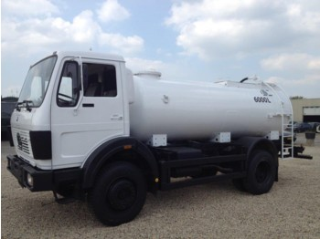 Tank truck Mercedes-Benz 1017 4x4 fueltruck/watertruck top condition
