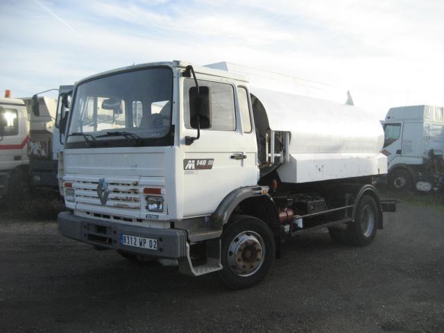 tank truck Renault Midliner 140