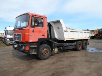 MAN F2000 - tipper