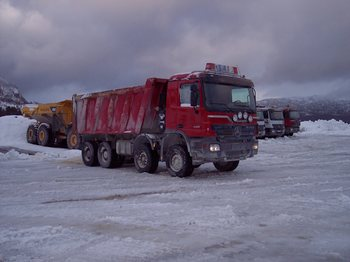 Tipper MERCEDES 48-50: picture 1